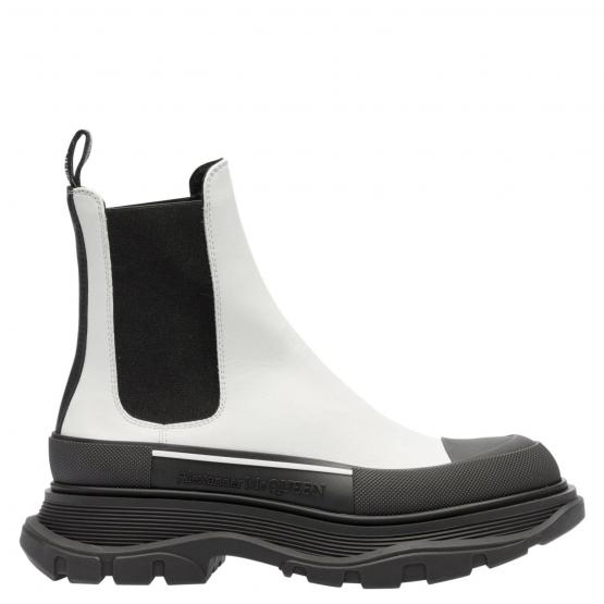 635714 WHZ64 9403 BOOTS